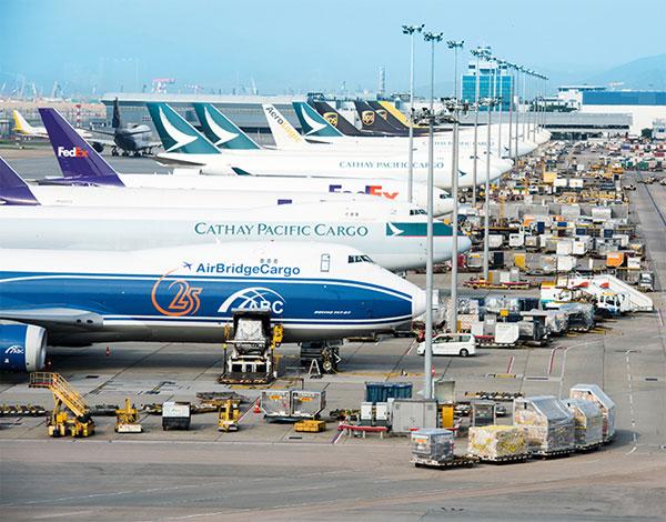 香港机场.jpg