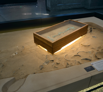 The First Capital of China: Permanent exhibition of Erlitou Site Museum of the Xia Capital