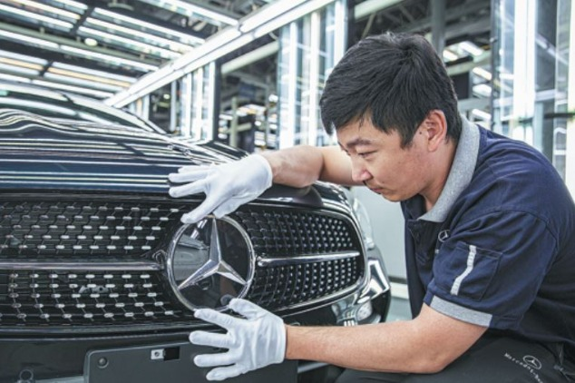 Daimler hails localization feat as key to success