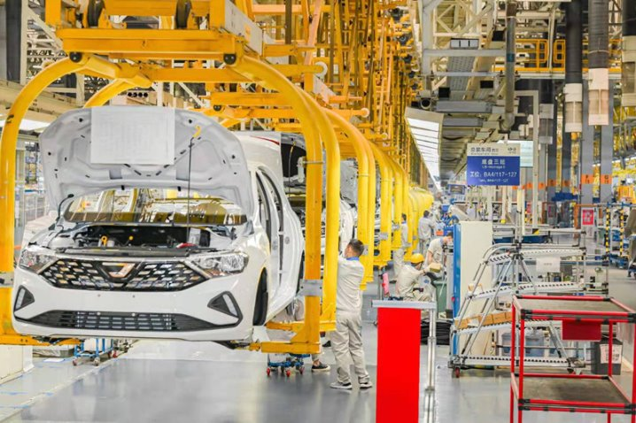 Factory's five-millionth car signals bright future for Jetta