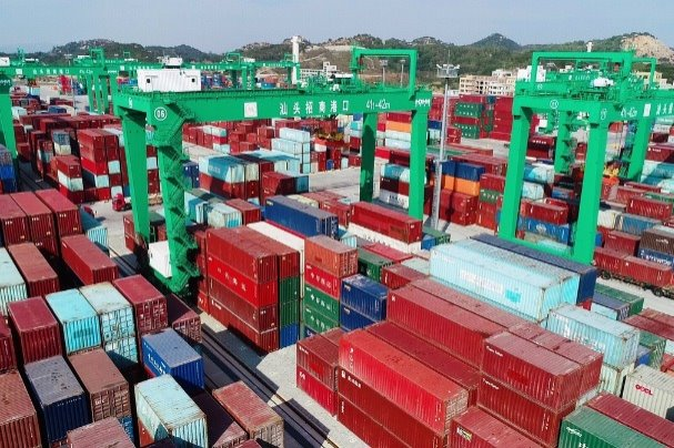 Economic powerhouse Guangdong's foreign trade jumps over 30% in Q1
