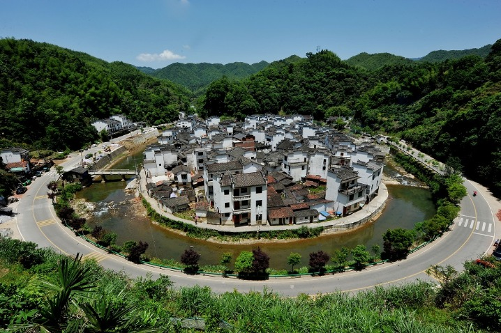 Round village highlights traditional building style in Jiangxi